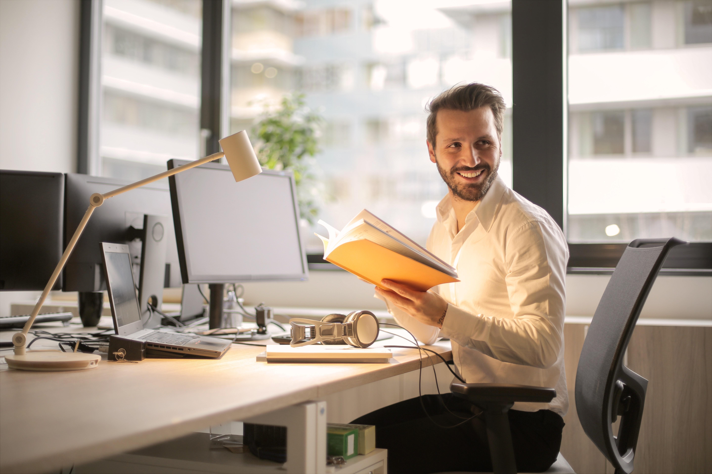 Existem vários motivos para que o lucro se torne consequência. Uma delas é ser apaixonado pelo que faz e passar essa paixão para seus clientes.
